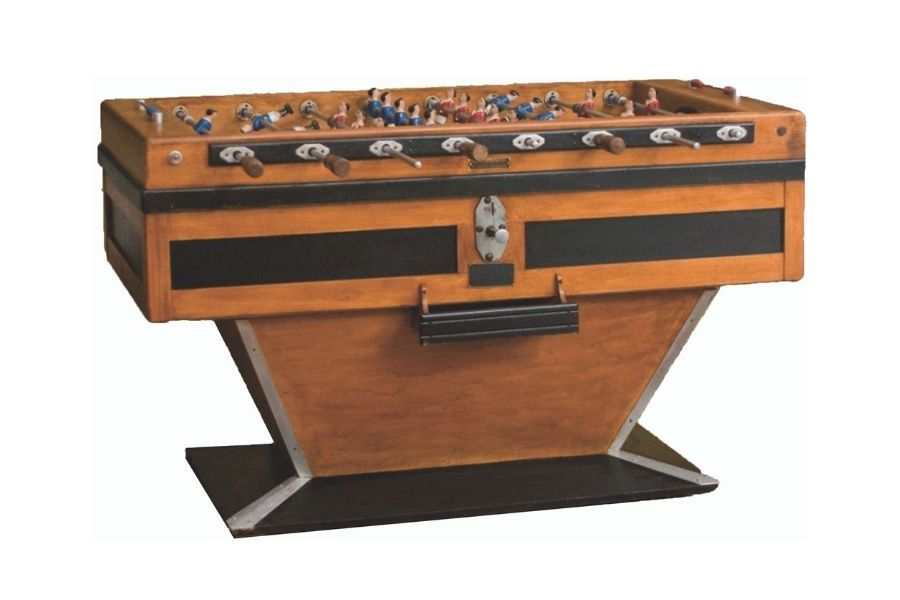 foosball-table-old-restored-toulet